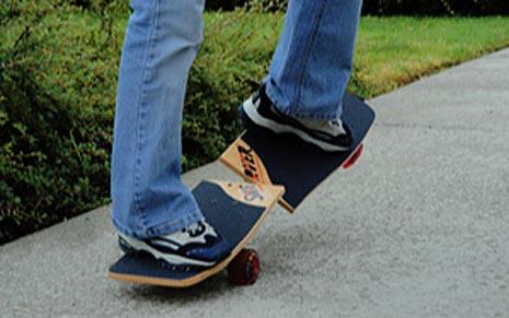 Swerver Ultimate Carving Skateboard